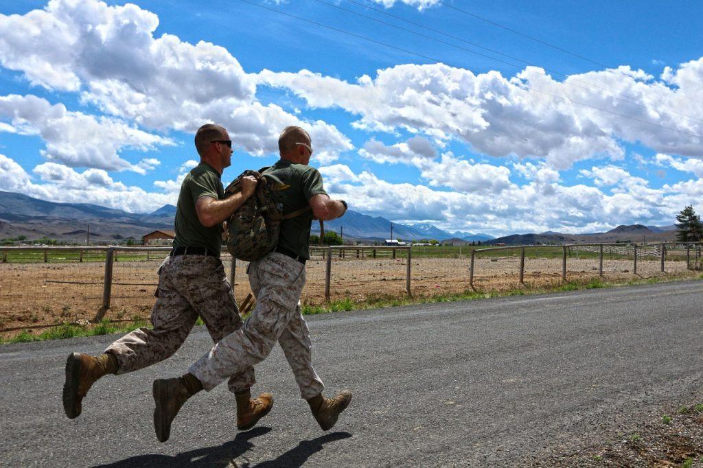 military runners