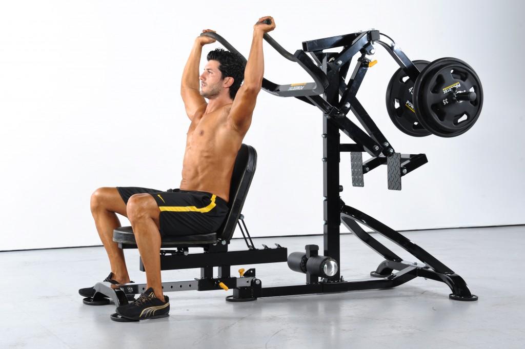Débutant en musculation : Pourquoi éviter les Machines Guidées ?